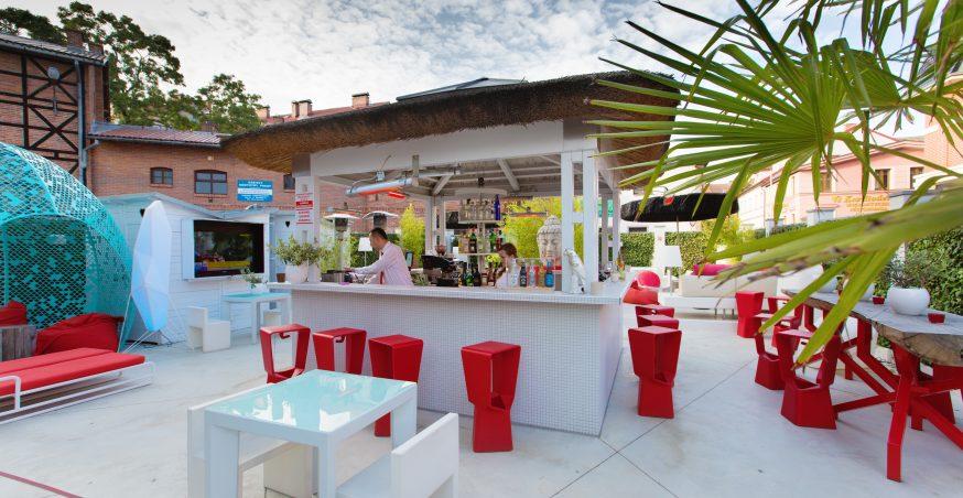 Sint Ji Lounge Bar & Rooms