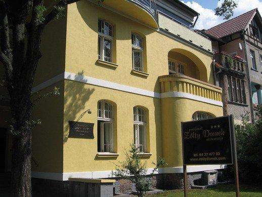 Pensjonat Żółty Domek ***
