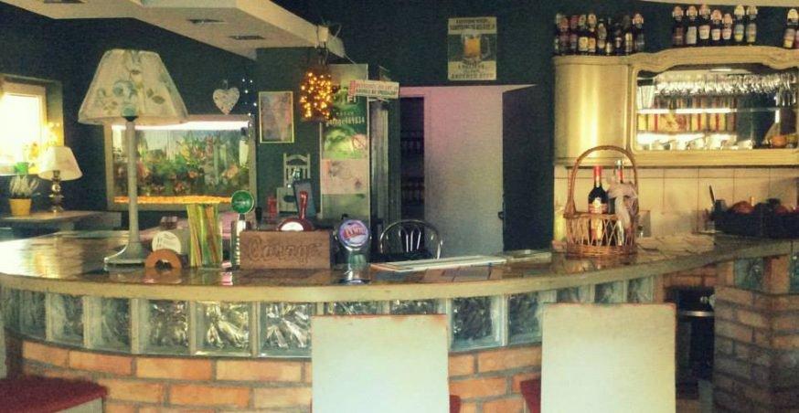 Pub Garage